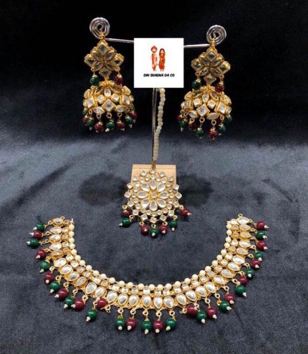 Buy Jadau Set with Earrings & Tikka Online