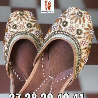 Buy Women Punjabi Jutti Online