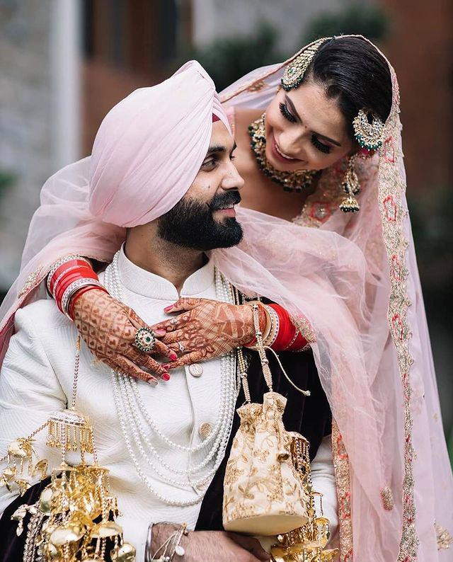 buy bride & groom wedding accessories online